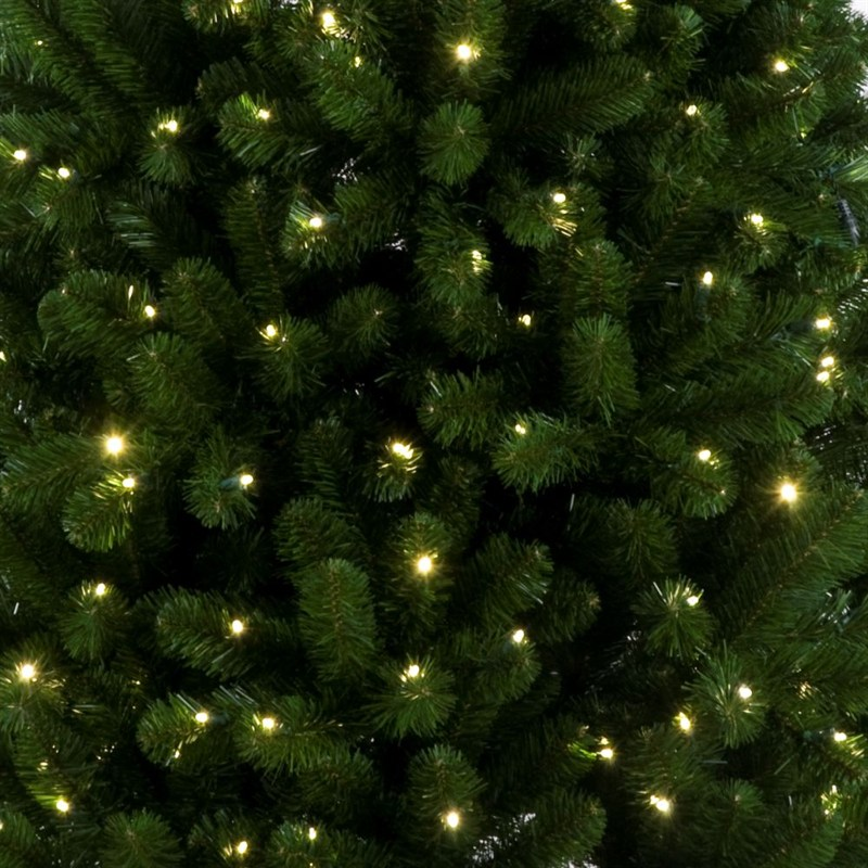 Tree Classics 7ft Green Arctic Spruce With Warm