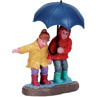 Lemax Christmas Village - Staying Dry Figurine (72501)