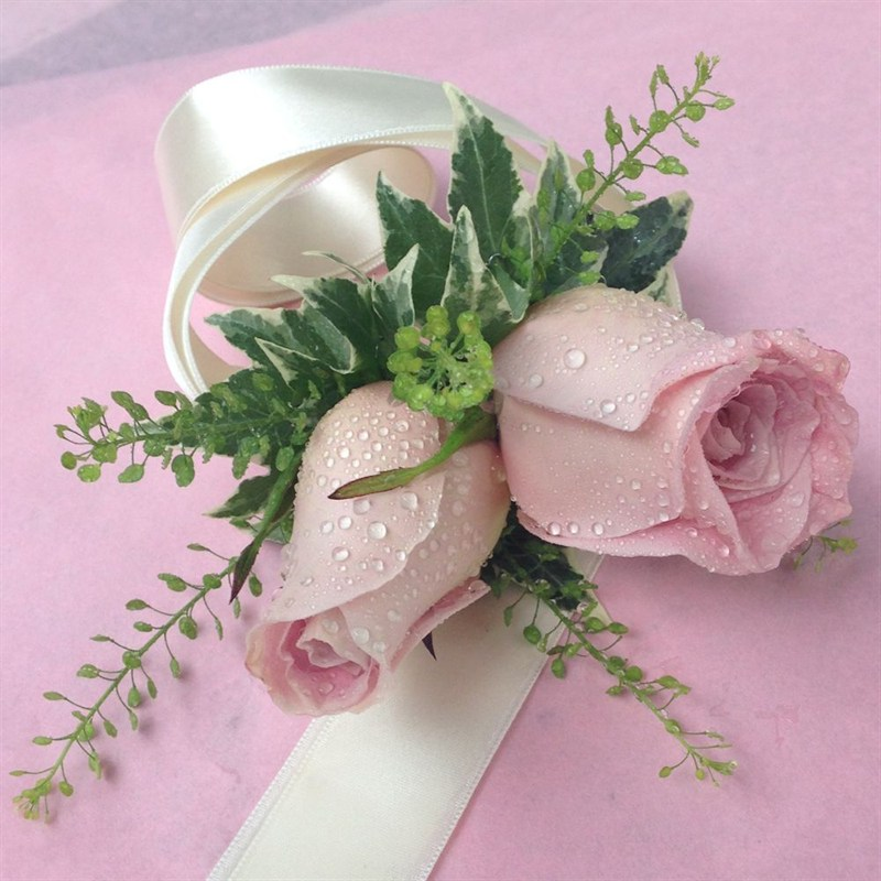 Wedding Flowers And Corsages : Wedding corsages