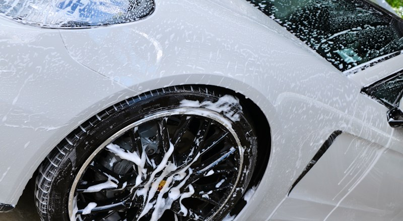 auto-shine-of-bagshot-hand-car-wash-at-longacres-garden-centre-bagshot.jpg