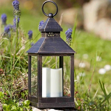 Smart Garden Kentish Lantern (3150170) 47 x 36 x 26.5cm