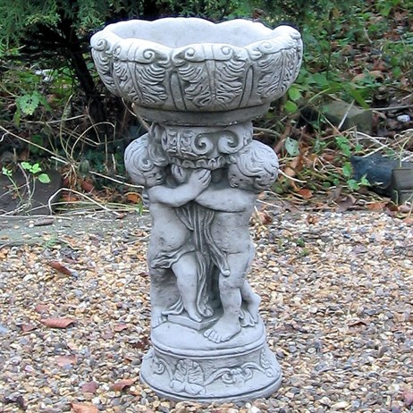 Kingstone Small Triple Cherub Bird Bath (KBB36)