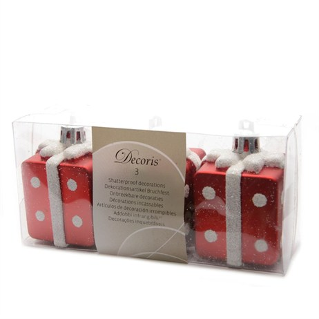Kaemingk 6cm Giftboxes Tree Decorations - Red & White (028979)
