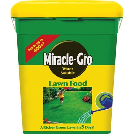 Miracle-Gro Water Soluble Lawn Food 2kg  (012212)
