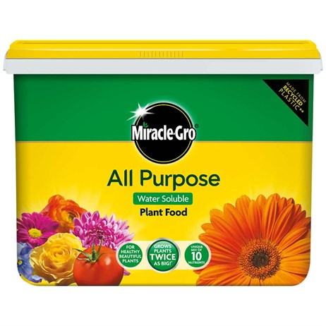 Miracle-Gro All Purpose Soluble Plant Food 2kg Tub (016923)