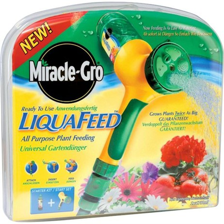 Miracle-Gro LiquaFeed All Purpose Plant Food Starter Kit (016991)