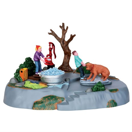 Lemax Christmas Village - Time For A Scrub Table Piece - Battery Operated (44770)