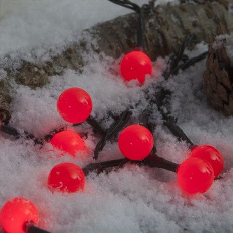 Noma 100 Red LED Berry Garland Christmas Lights (1614260)