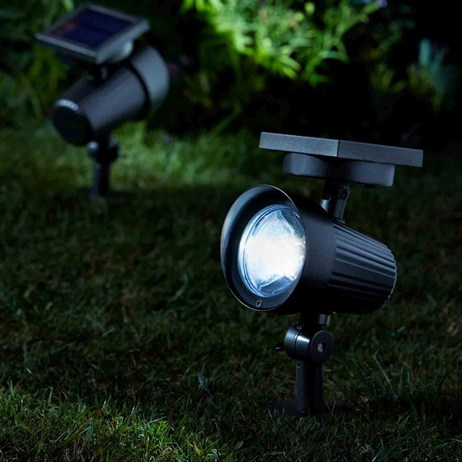 Smart Garden Ultra Spotlight 30L Super Bright Solar Spot Light (1004001)