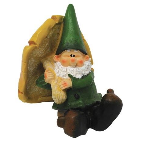 Woodland Wilf Takes Shelter Garden Gnome (B9457)