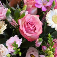 Bagshot Mother's Day Handtied Flower Arrangement Workshop - Sunday 31st March 2019