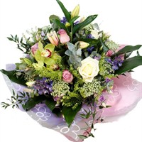 Luxury Country Mother's Day Flowers Hand Tied Bouquet
