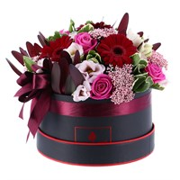 Pink & Burgundy Hat Box Valentine's Day Arrangement - Medium