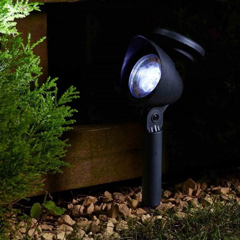 smart garden prima spotlight 3l super bright solar spot light 1004002. Black Bedroom Furniture Sets. Home Design Ideas