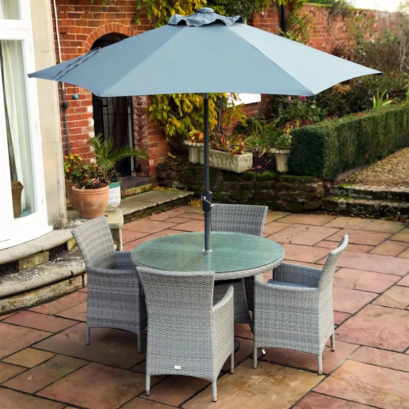 Supremo Barcelona 4 Seat Round Outdoor Garden Furniture Dining Set With Parasol 715368